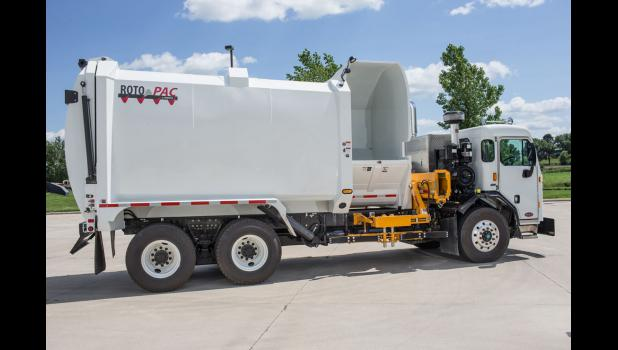 New Way Trucks, a division of Scranton Manufacturing, has unveiled the first auger-fed organics collection truck in North America.